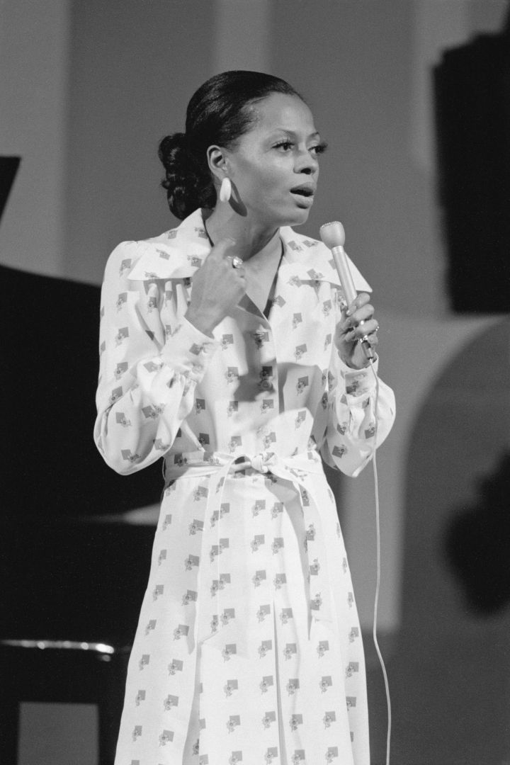 DIANA ROSS AT THE JACK PAAR SHOW, 1973
