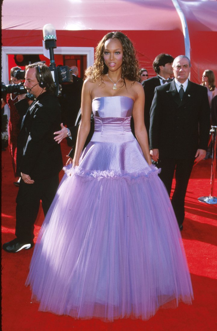Tyra Banks at The Oscars in 2000