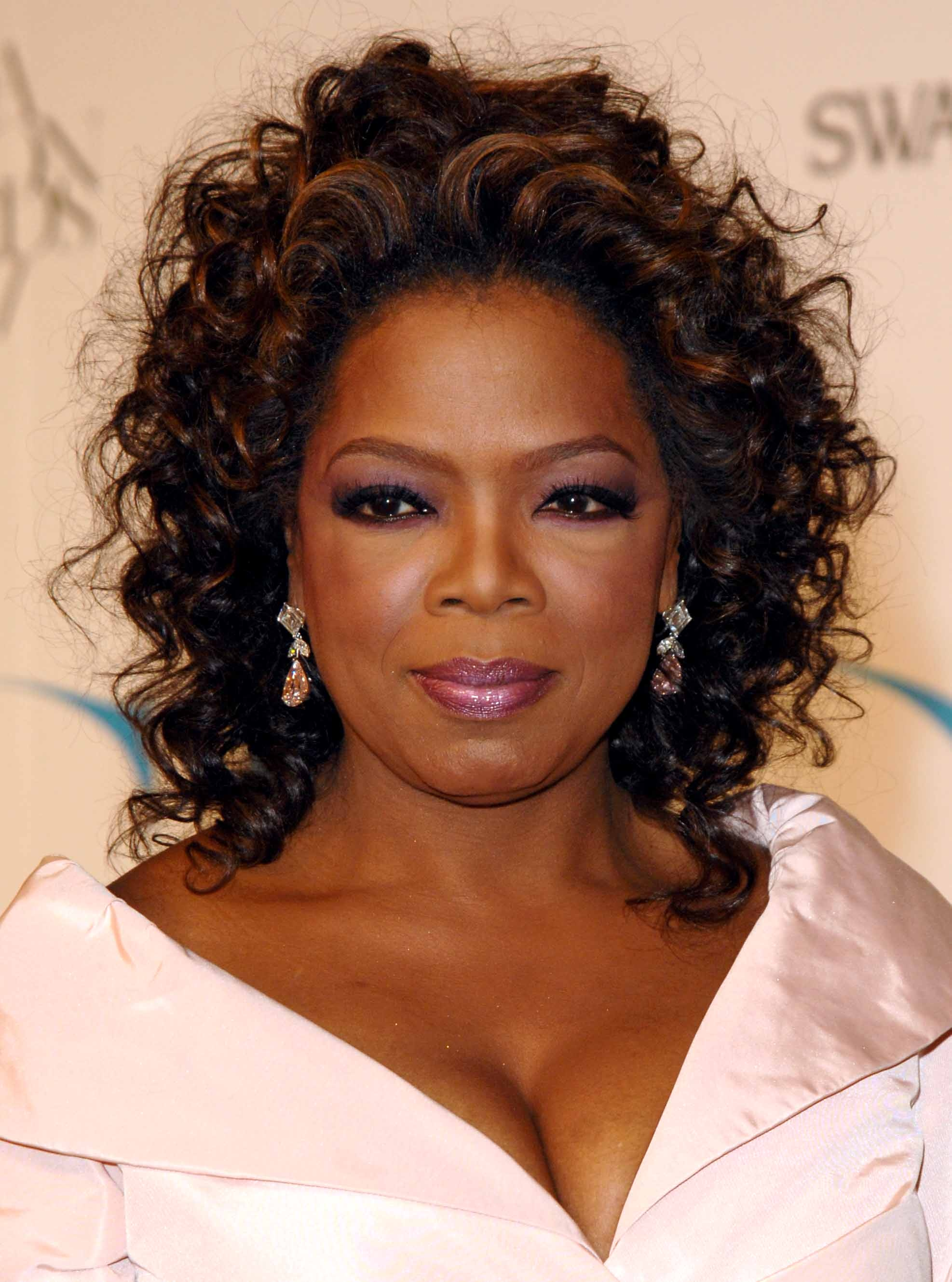 Oprah's Hairstylist Dishes On Kindky Hair, Argon Oil & Keratin Treatments