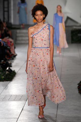 Carolina Herrera - Runway RTW - Spring 2018 - New York Fashion Week
