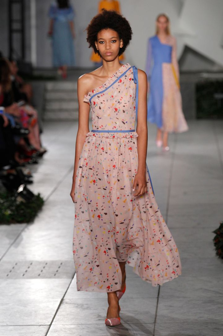 Carolina Herrera – Runway RTW – Spring 2018 – New York Fashion Week