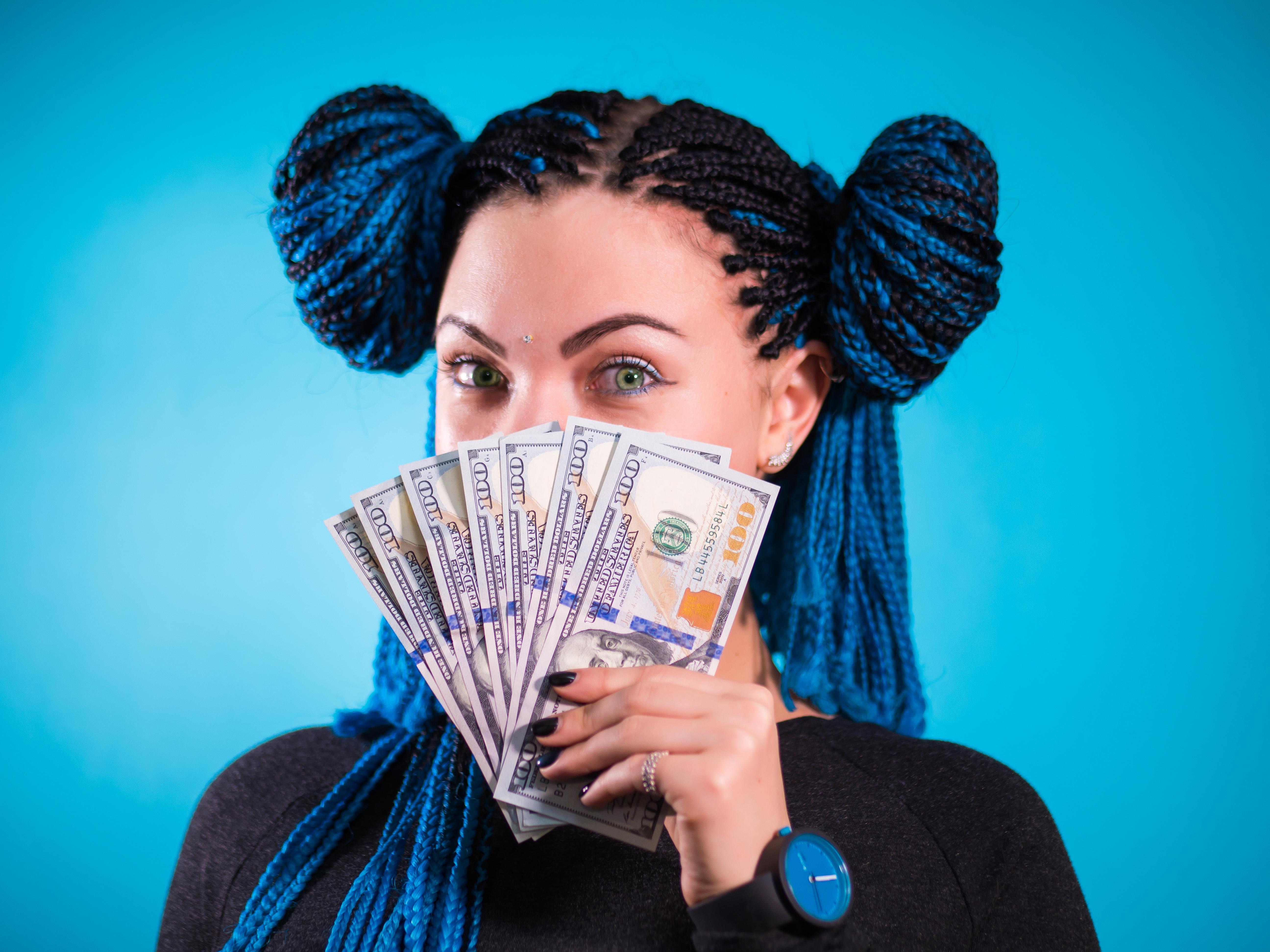 5 Reasons Black Women Can't Save Money