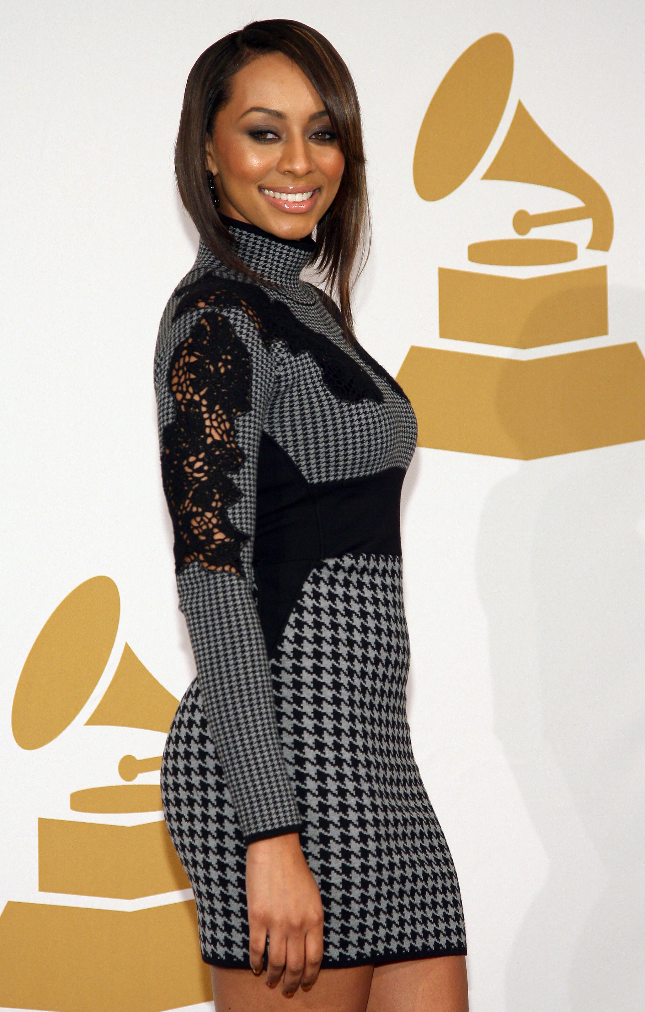 Keri Hilson Refuses To Acknowledge Beyonce During Interview