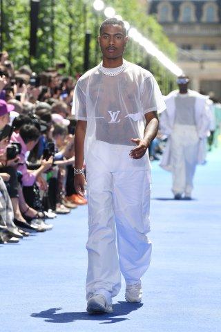 Louis Vuitton: Runway - Paris Fashion Week - Menswear Spring/Summer 2019