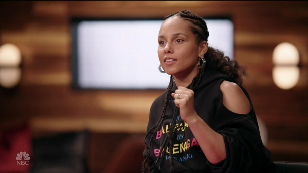 Live Semi-Final Performances The Voice season 13 as seen on NBC.
