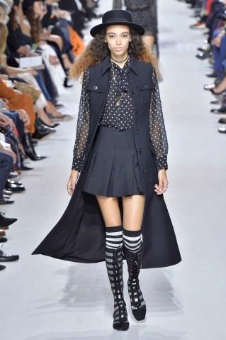 Dior - Runway RTW - Spring 2018 - Paris Fashion Week