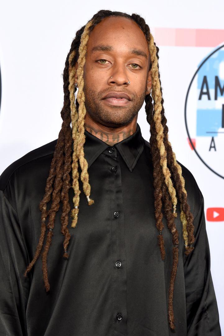 2018 American Music Awards – Red Carpet