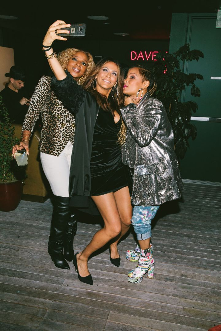 Mary J. Blige, Nicole Ari Parker, Simone I. Smith