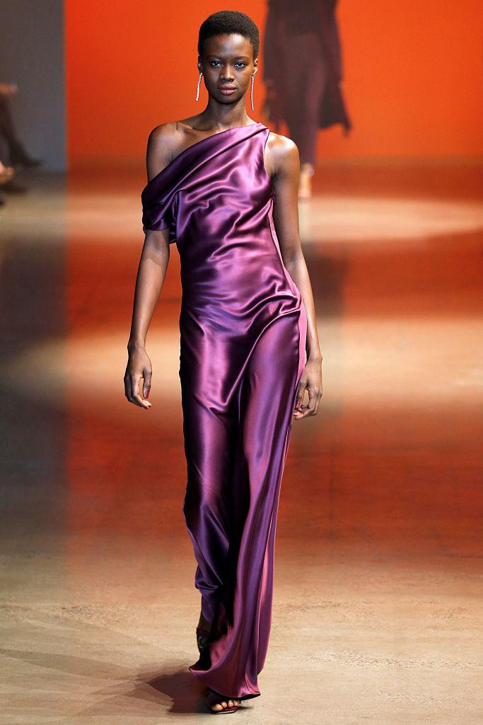 Cushnie - Runway - February 2019 - New York Fashion Week