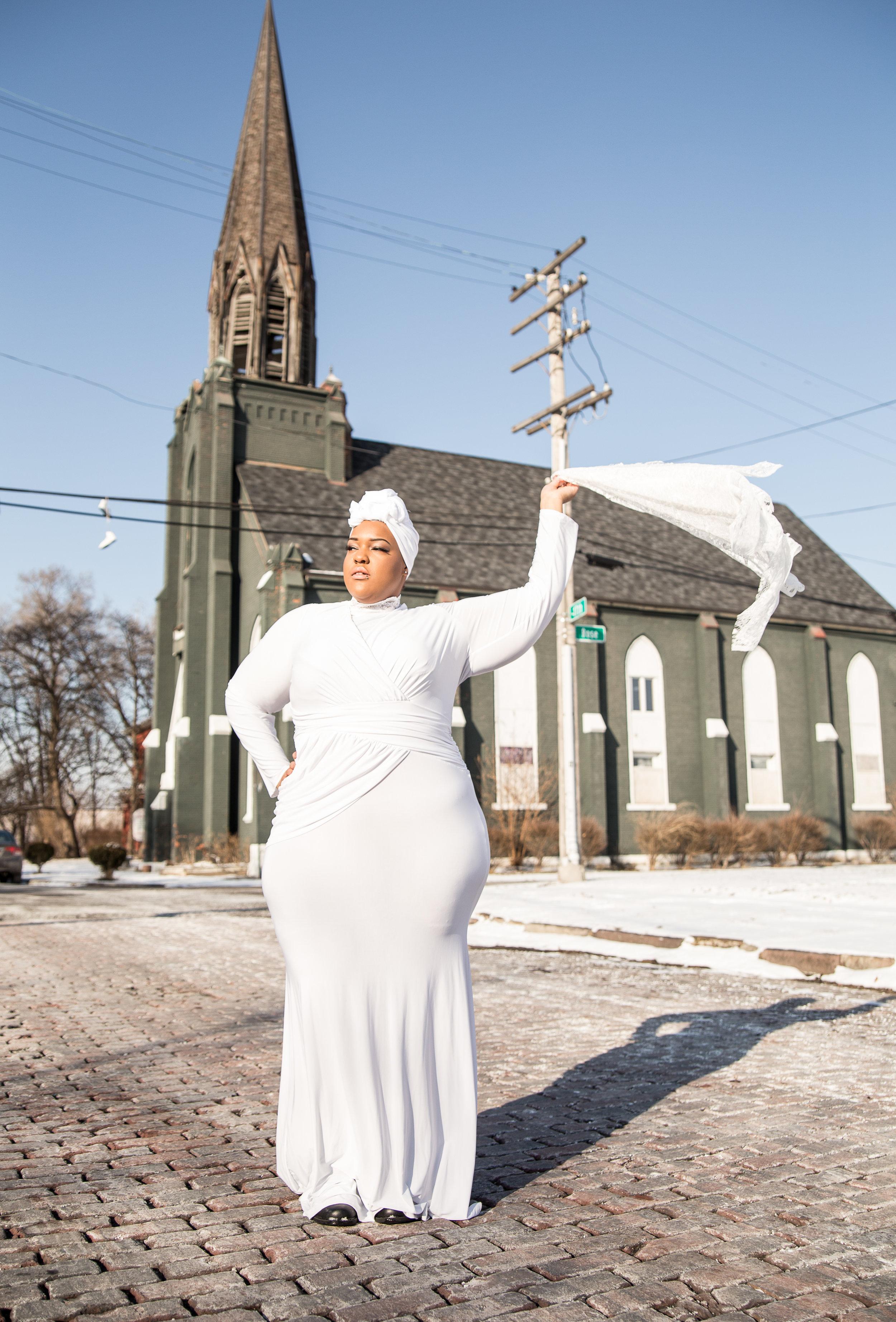 Leah-Vernon-Detroit-Style-Blogger-Body-Positive-Muslim-Girl-Fashion-Assemble+-Sound-2