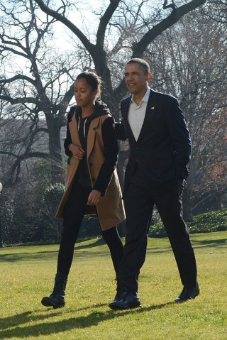 President Obama and first family arrive back at The WHite House following their Christmas vacation i