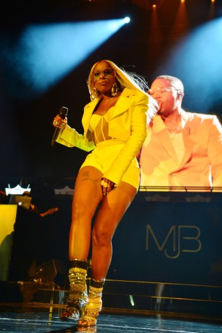 Mary J. Blige & Nas In Concert - West Palm Beach, FL