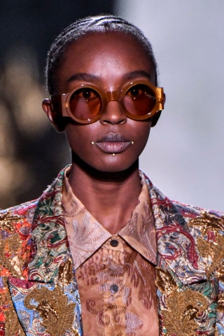 Dries Van Noten : Details - Paris Fashion Week - Womenswear Spring Summer 2020