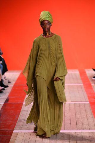 Elie Saab : Runway - Paris Fashion Week - Womenswear Spring Summer 2020