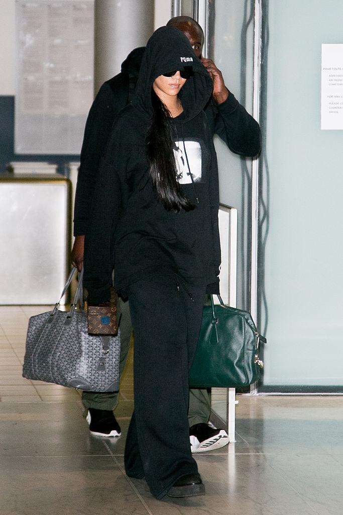 Rihanna, Charles-de-Gaulle Airport, 2016