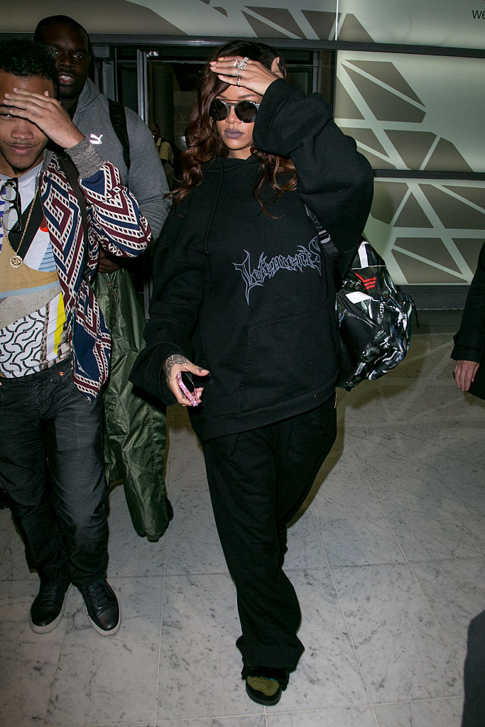 Rihanna at Charles De Gaulle Airport, 2015
