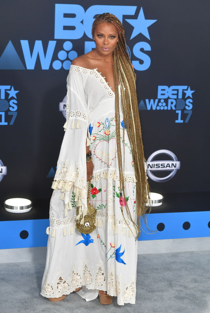 EVA MARCILLE AT THE BET AWARDS, 2017