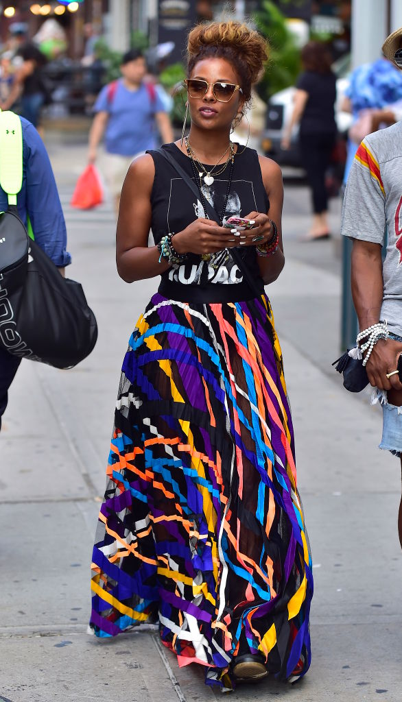 EVA MARCILLE ON THE STREETS OF NEW YORK, 2017