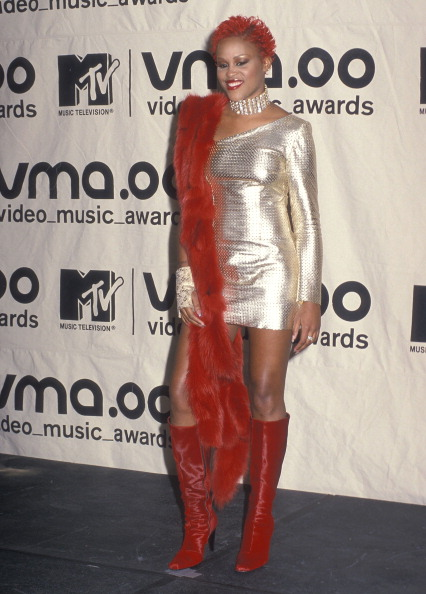 EVE AT THE 17TH ANNUAL MTV VIDEO MUSIC AWARDS, 2000