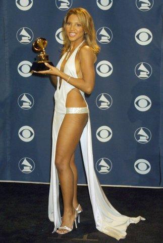 Toni Braxton, winner @ 2001 Grammy Awards; in LA 2/21/01