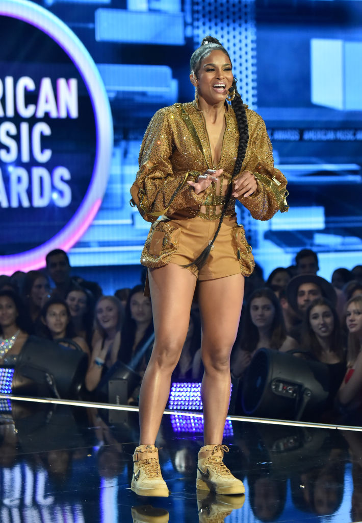 2019 American Music Awards - Roaming Show And Backstage