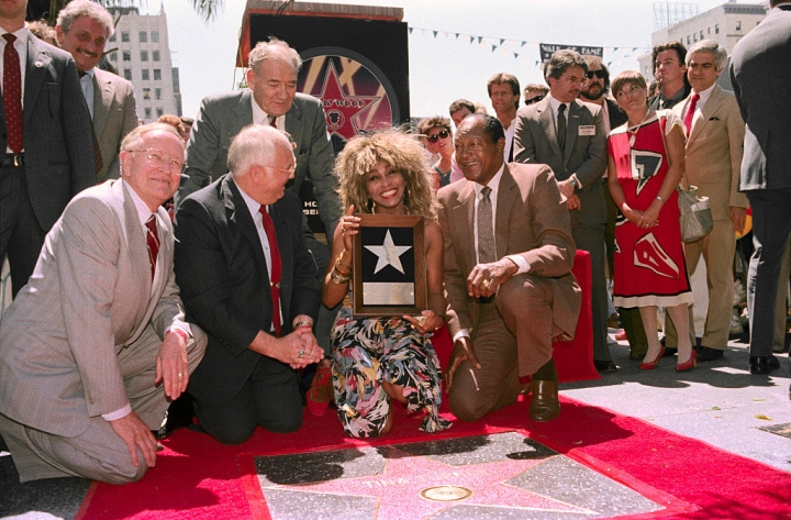 Tina Turner with Mayor Tom Bradley