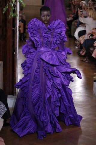 Paris Fashion Week Haute Couture Fall/Winter 2019/2020 - Valentino - Catwalk