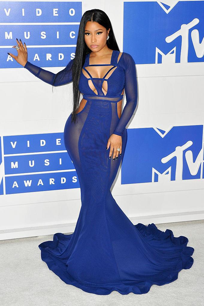 NICKI MINAJ AT THE MTV VIDEO MUSIC AWARDS, 2016
