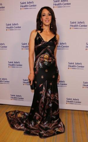 Saint John's Health Center Foundation co-host's the 2016 Caritas Gala honoring actress Jennifer Beals