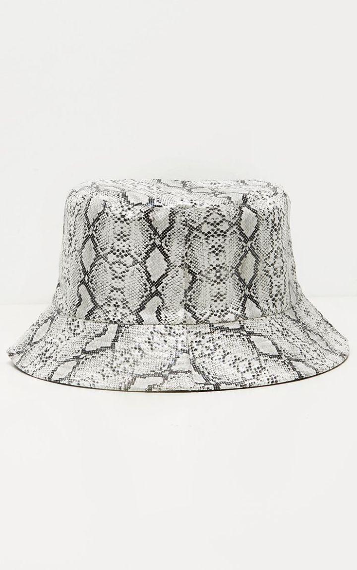 PRETTY LITTLE THING GRAY SNAKE BUCKET HAT