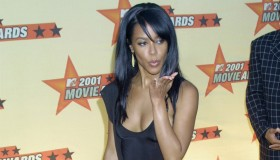 Aaliyah arriving at the 2001 MTV Movie Awards in LA 6/2/01