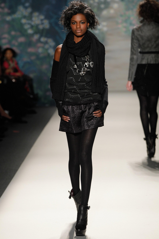 Mercedes-Benz Fashion Week Fall 2010 - Tracy Reese - Runway