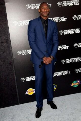 kobe bryant navy blue suit red carpet