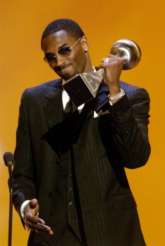 kobe bryant black suit espy awards