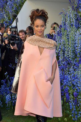 Christian Dior : Outside Arrivals- Paris Fashion Week Womenswear Spring/Summer 2016