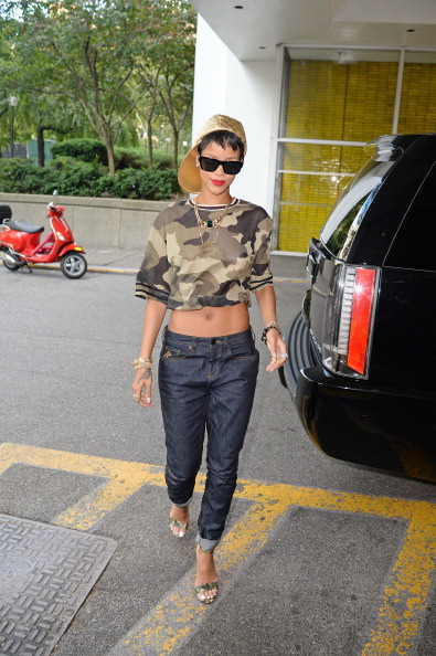 RIHANNA ON THE STREETS OF NYC, 2013