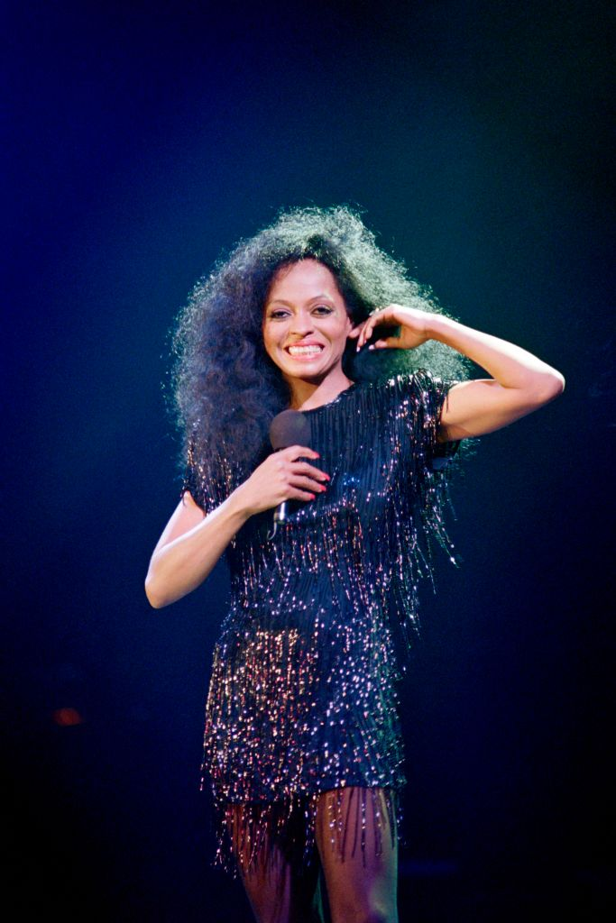 DIANA ROSS AT THE PALAIS DES SPORTS, 1989