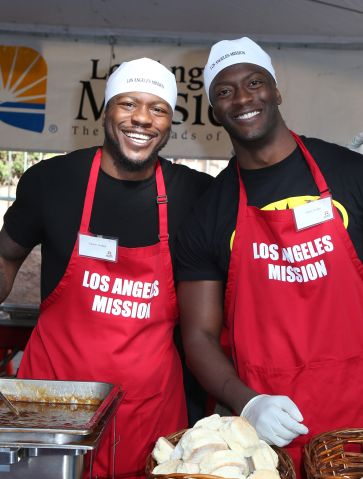 2017 Los Angeles Mission Christmas Meal for the Homeless