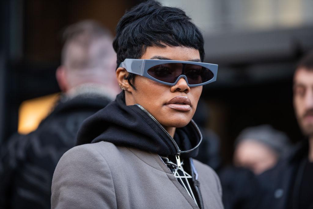 Celebrity Sightings - Paris Fashion Week Womenswear Fall/Winter 2020/2021 : Day Four