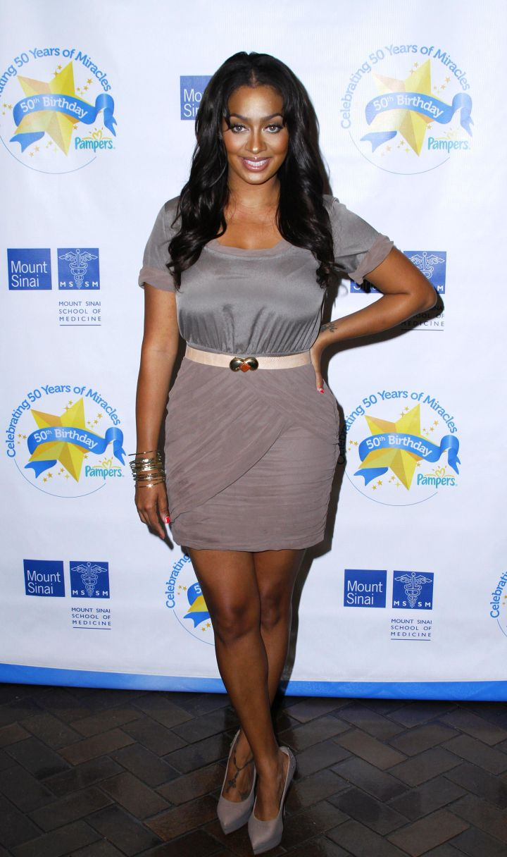 LA LA ANTHONY AT THE PAMPERS LITTLE MIRACLE MISSIONS CAMPAIGN LAUNCH, 2011