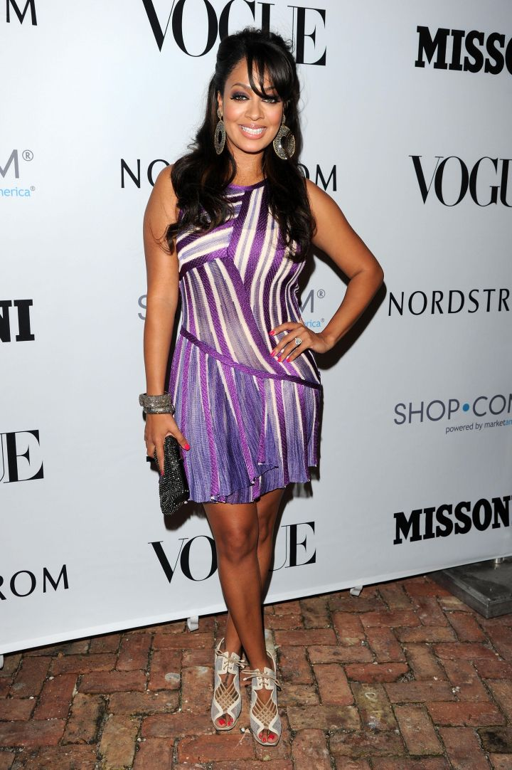 LA LA ANTHONY AT THE EVENINGS IN VOGUE MISSONI PREVIEW, 2012