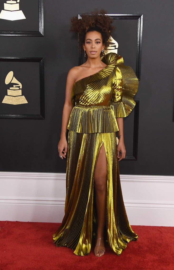 SOLANGE KNOWLES AT THE 59TH GRAMMY AWARDS, 2017