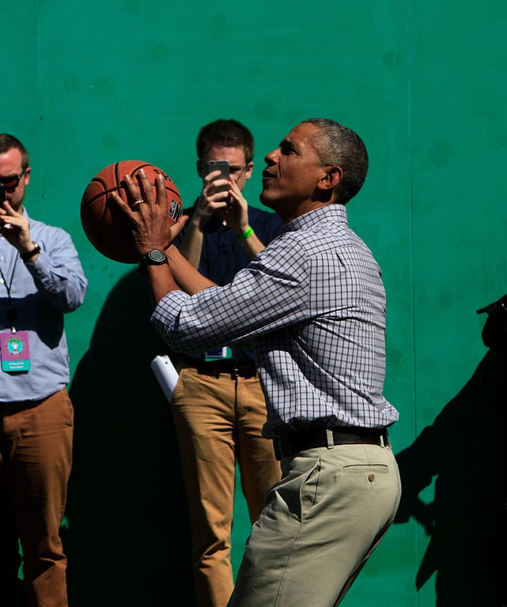 BARACK OBAMA SHOOTING HOOPS ON THE SOUTH LAWN, 2015