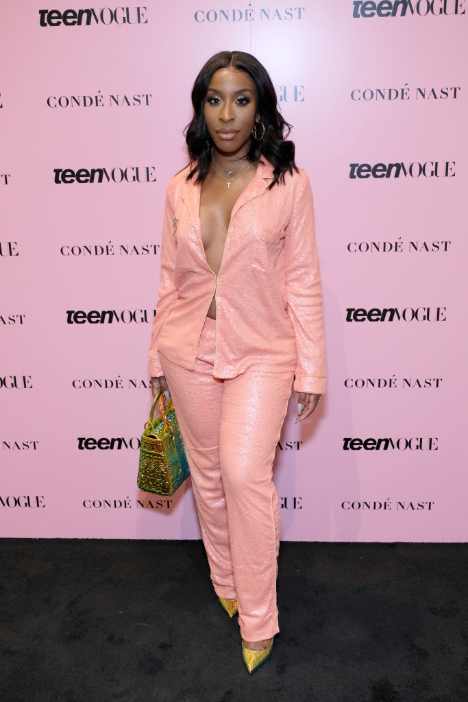 JACKIE AINA AT THE TEEN VOGUE SUMMIT, 2019