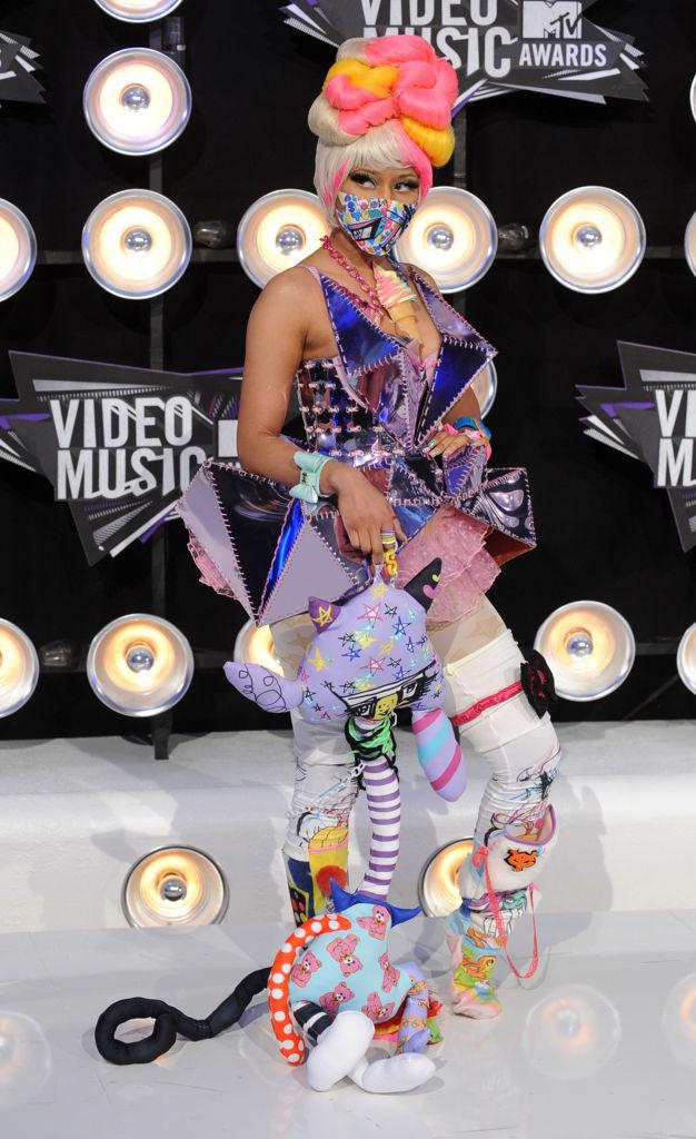NICKI MINAJ AT THE MTV VIDEO MUSIC AWARDS, 2011