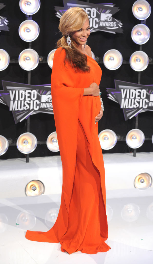 BEYONCE AT THE MTV VIDEO MUSIC AWARDS, 2011