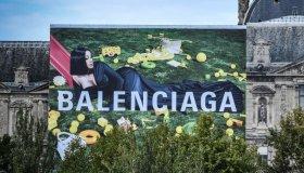 FRANCE-US-MUSIC-FASHION-BALENCIAGA