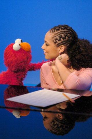 "Alicia Keys Visits ""Sesame Street"" - December 2, 2004"