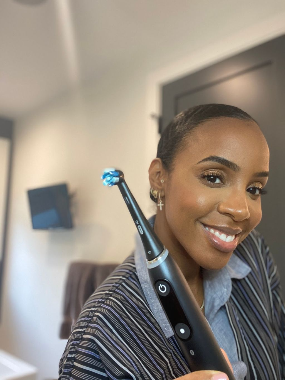 Kelly Rowland Oral-B iO Toothbrush