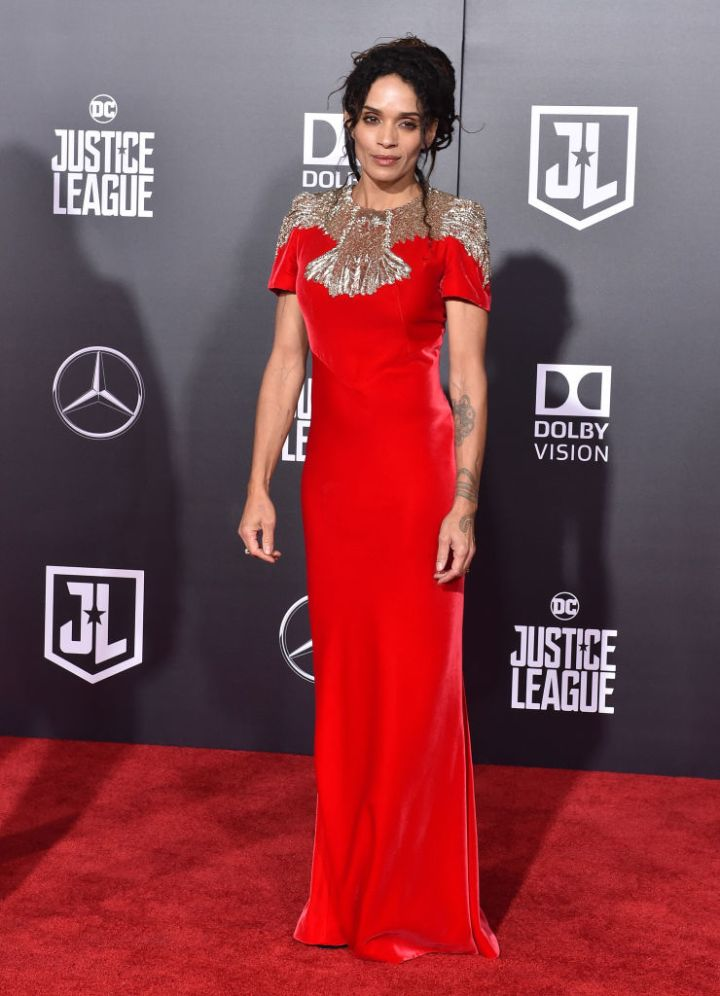 "LISA BONET AT THE PREMIERE OF WARNER BROS. PICTURES' ""JUSTICE LEAGUE"", 2017"